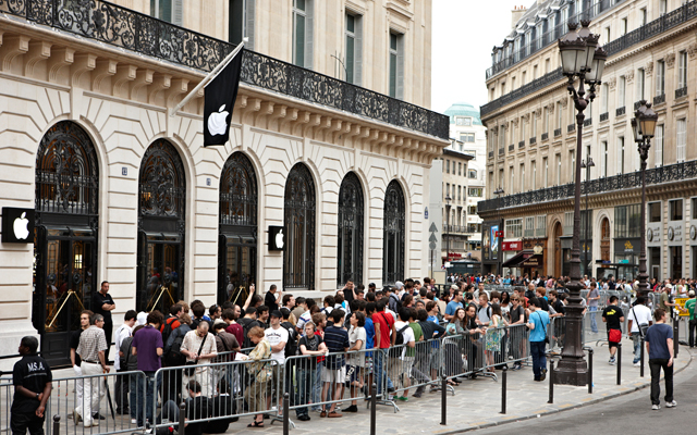 AppleStore-Paris-opera